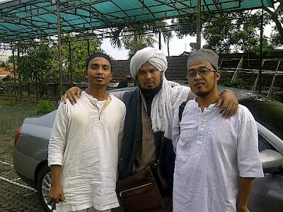 Ivanka (Slank), Derry (Pelukis yang Tinggal di Bali) dan Tony Trax (mantan Manajer Endank Soekamti)