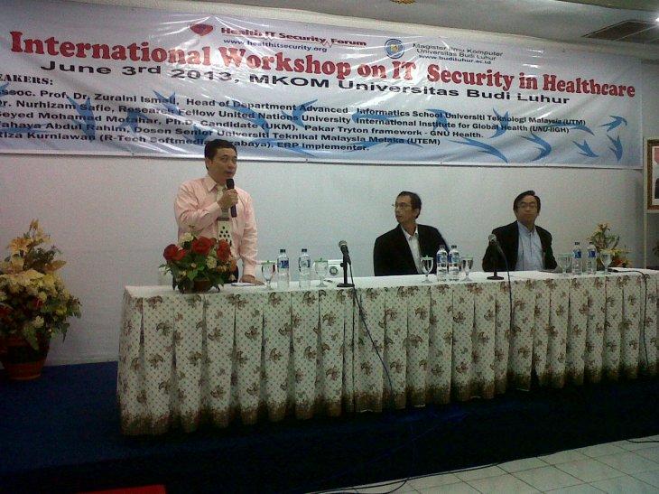 Speaker 1 : Dr. Nurhizam
