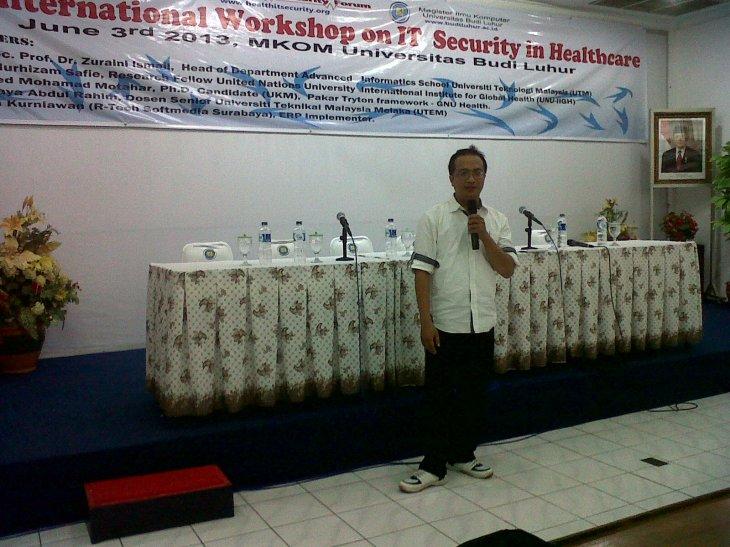 Speaker 4 : Riza Kurniawan, M.Si