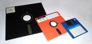 Disket 3 1/2 inch - 5 1/4 inch